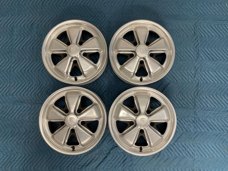4.5Jx15 1967 911S Fuchs Wheels