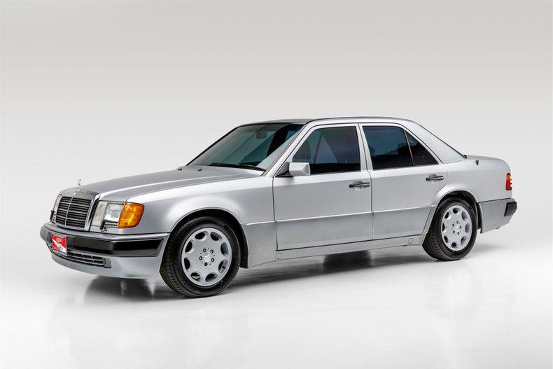 1993 Mercedes-Benz E500