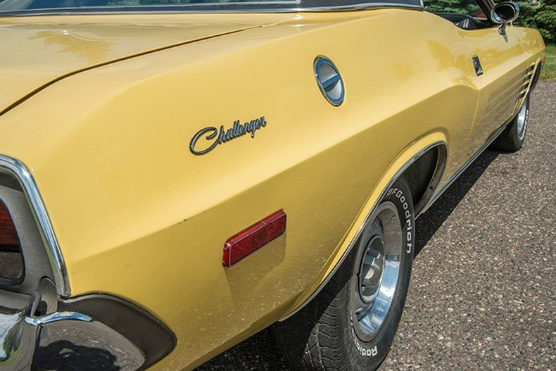 1974 Dodge Challenger 12
