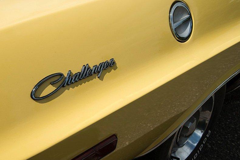 1974 Dodge Challenger 14
