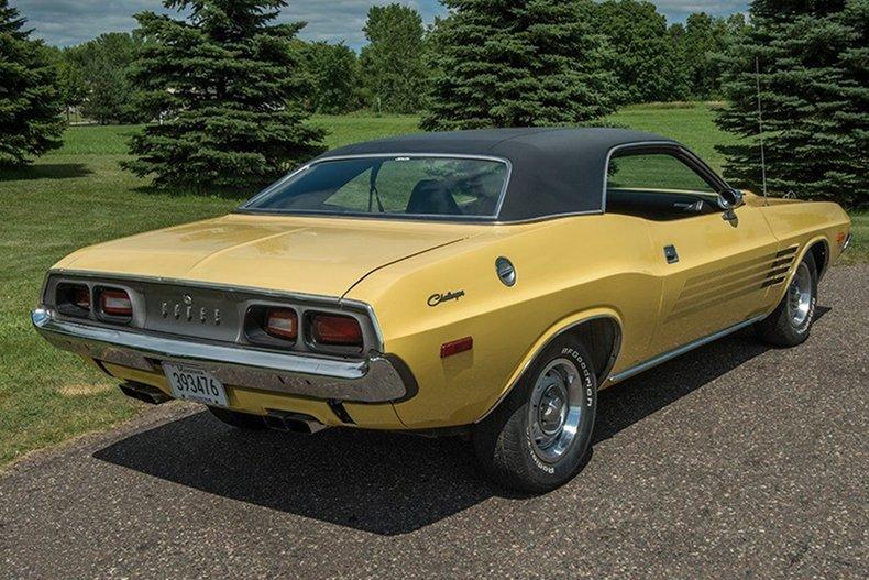1974 Dodge Challenger 10