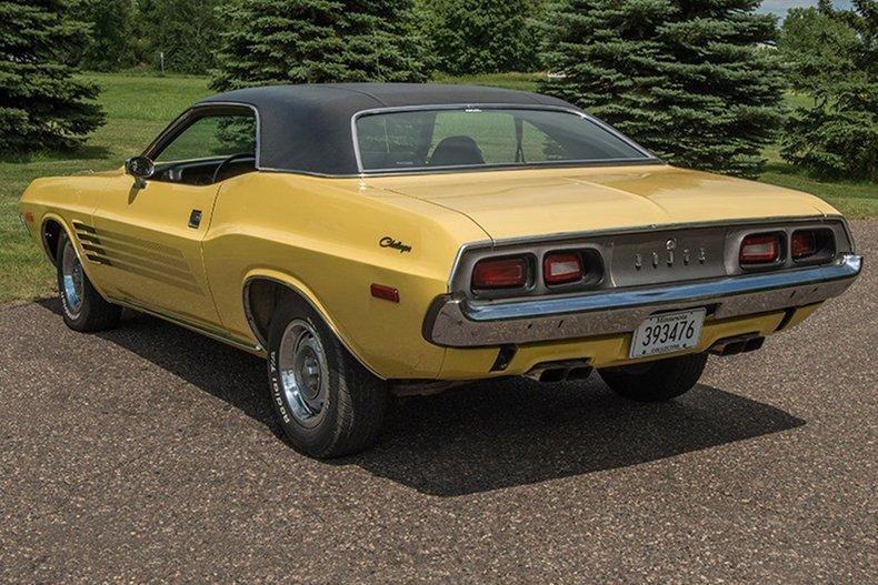 1974 Dodge Challenger 11