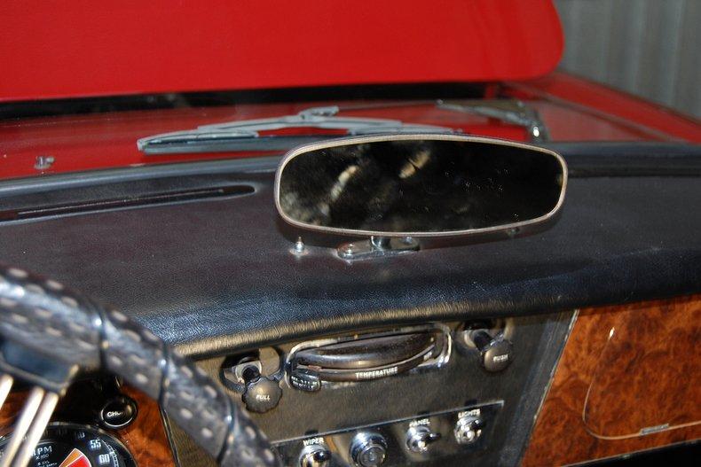 1967 Austin-Healey 3000 MKIII BJ-8 25