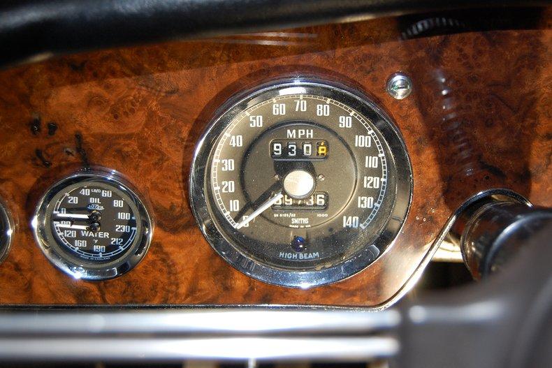 1967 Austin-Healey 3000 MKIII BJ-8 24