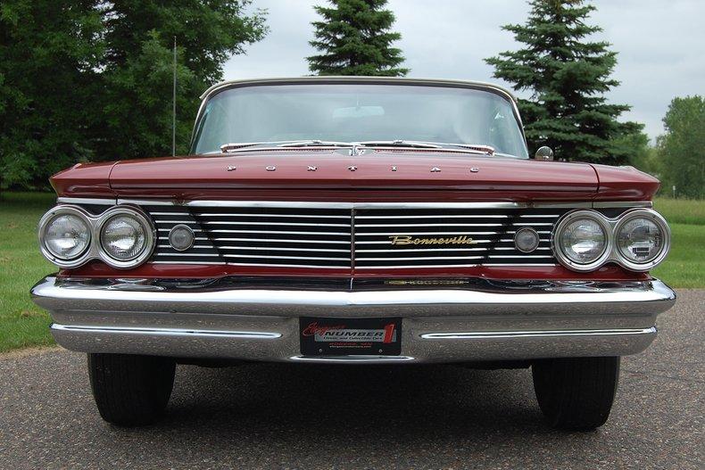 1960 Pontiac Bonneville Convertible 3