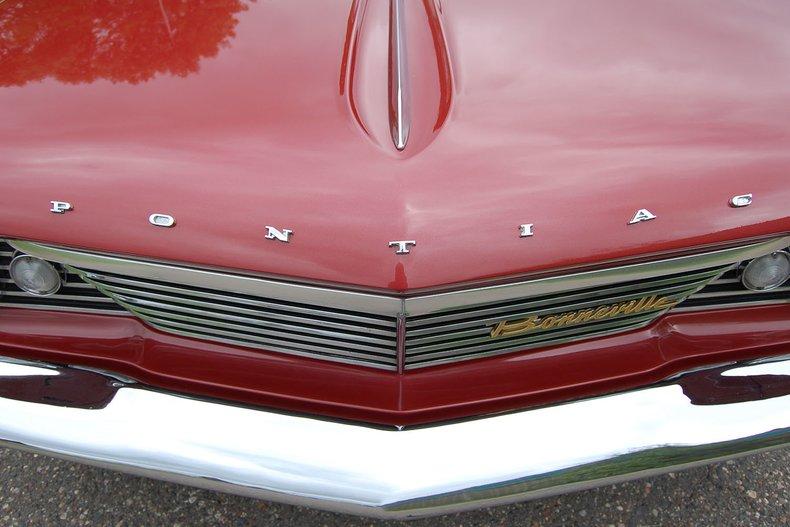 1960 Pontiac Bonneville Convertible 14