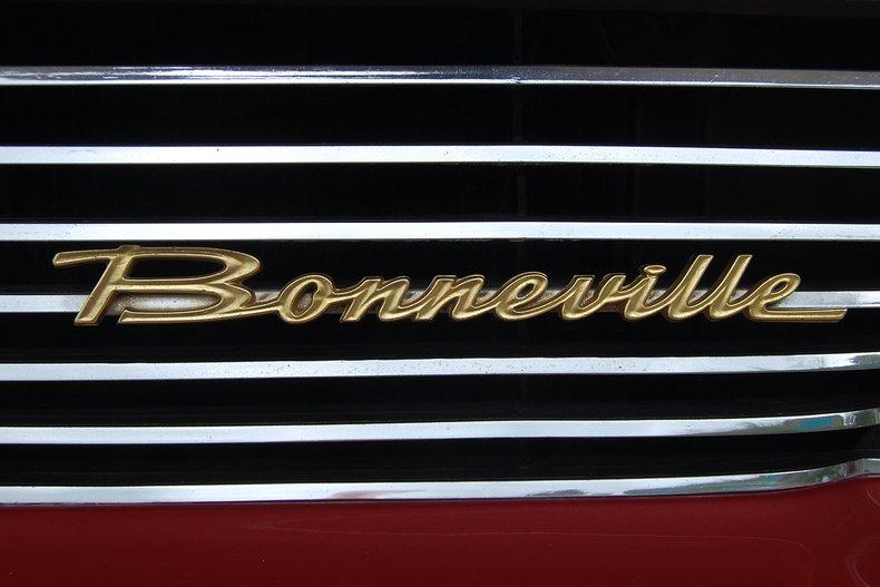 1960 Pontiac Bonneville Convertible 15