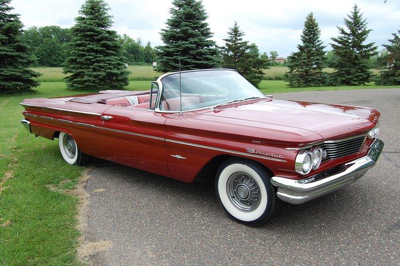 1960 Pontiac Bonneville Convertible 2