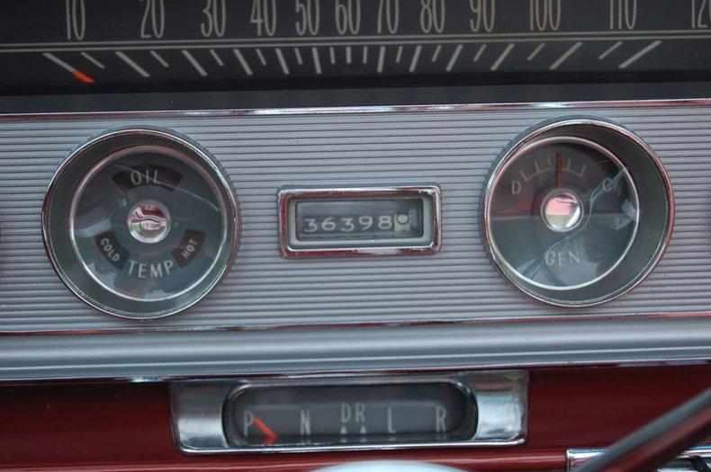 1960 Pontiac Bonneville Convertible 32