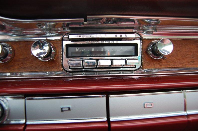 1960 Pontiac Bonneville Convertible 31