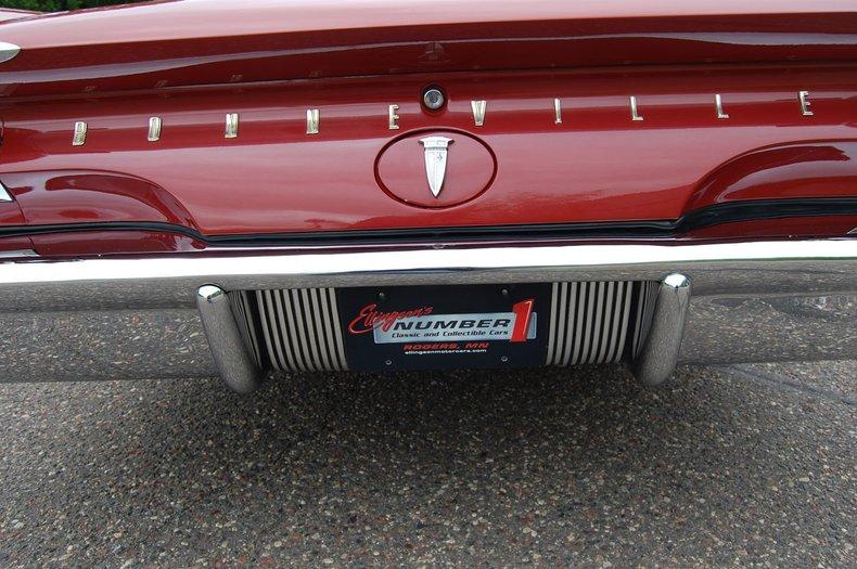 1960 Pontiac Bonneville Convertible 23