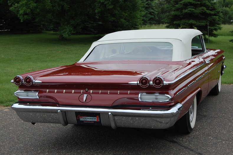 1960 Pontiac Bonneville Convertible 20
