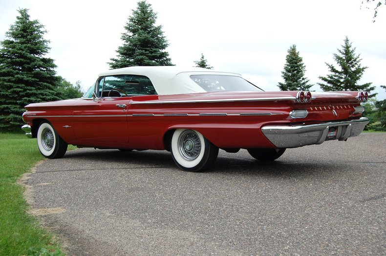 1960 Pontiac Bonneville Convertible 19
