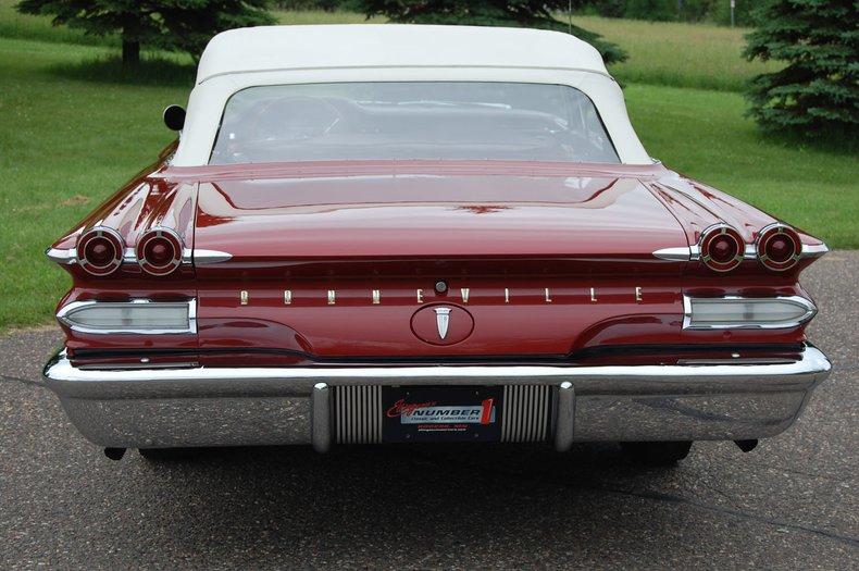 1960 Pontiac Bonneville Convertible 5