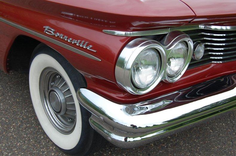 1960 Pontiac Bonneville Convertible 13