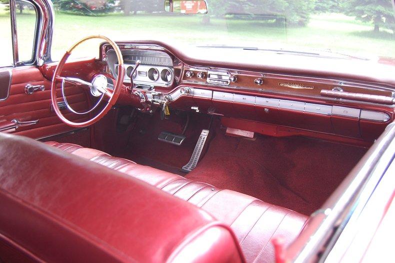 1960 Pontiac Bonneville Convertible 27