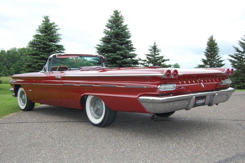 1960 Pontiac Bonneville Convertible 18