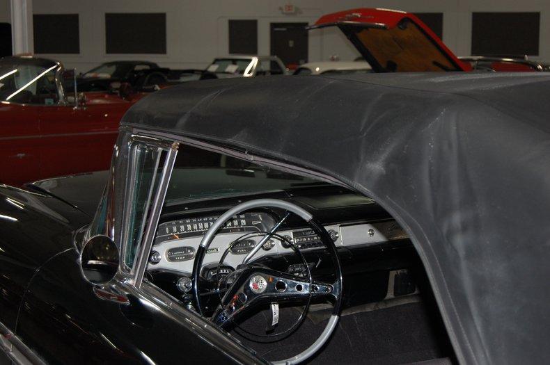 1958 Chevrolet Impala Convertible 32