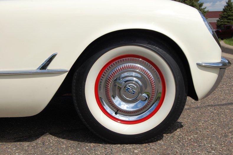 1954 Chevrolet Corvette Convertible 16