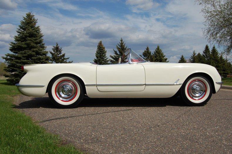 1954 Chevrolet Corvette Convertible 4