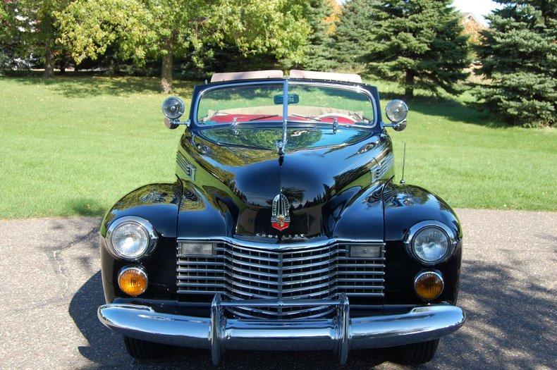 1941 Cadillac Series 62 Convertible 3