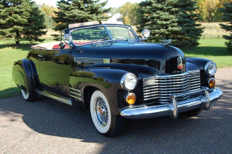 1941 Cadillac Series 62 Convertible 7