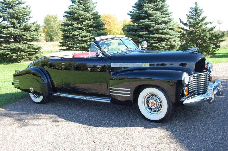 1941 Cadillac Series 62 Convertible 11