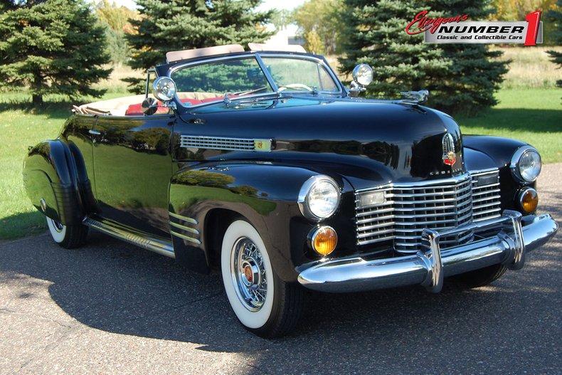 1941 Cadillac Series 62 Convertible 2