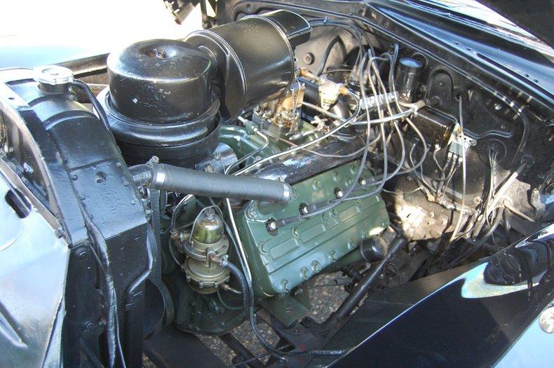 1941 Cadillac Series 62 Convertible 32