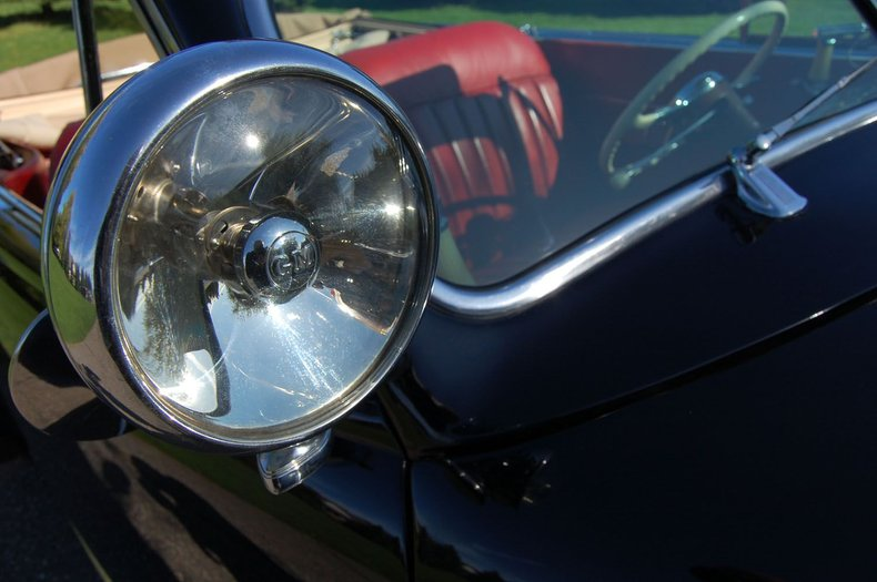 1941 Cadillac Series 62 Convertible 16