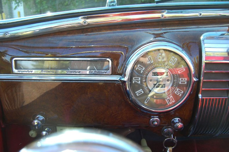 1941 Cadillac Series 62 Convertible 29