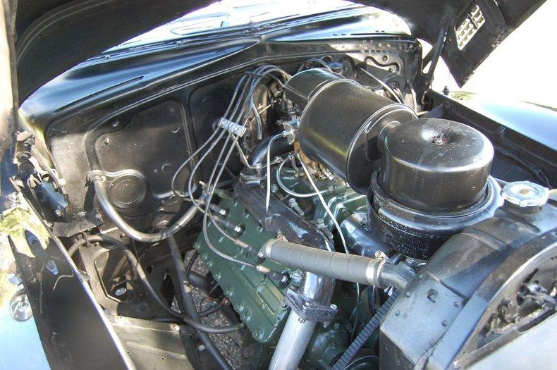1941 Cadillac Series 62 Convertible 33