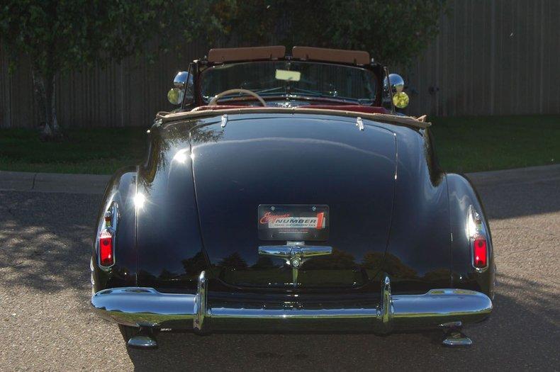 1941 Cadillac Series 62 Convertible 4
