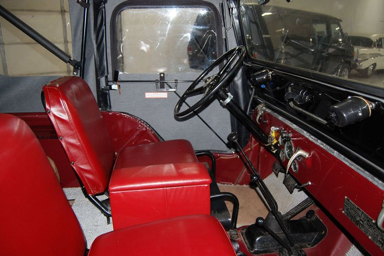 1953 Willys Jeep 31