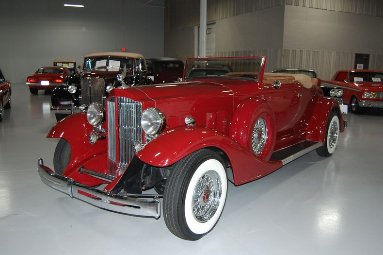 1933 Packard 12 Series Replica