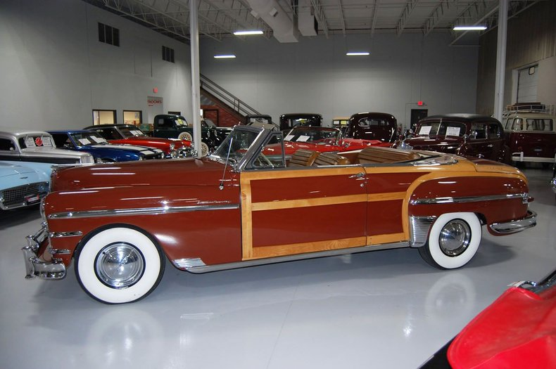 1949 Chrysler Town & Country Woody Convertible 5