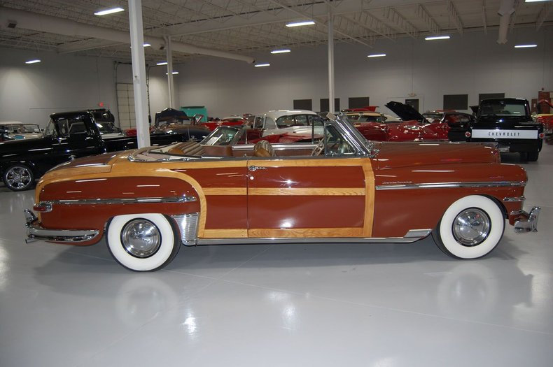 1949 Chrysler Town & Country Woody Convertible 4