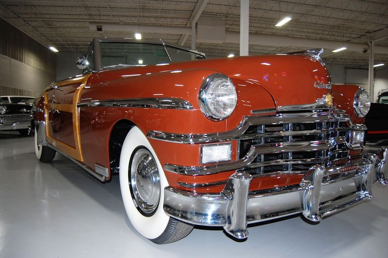 1949 Chrysler Town & Country Woody Convertible 10