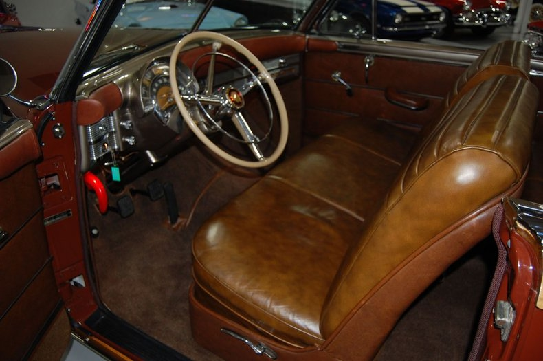 1949 Chrysler Town & Country Woody Convertible 31