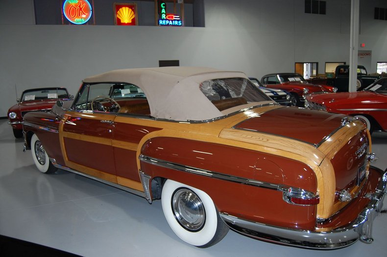 1949 Chrysler Town & Country Woody Convertible 17