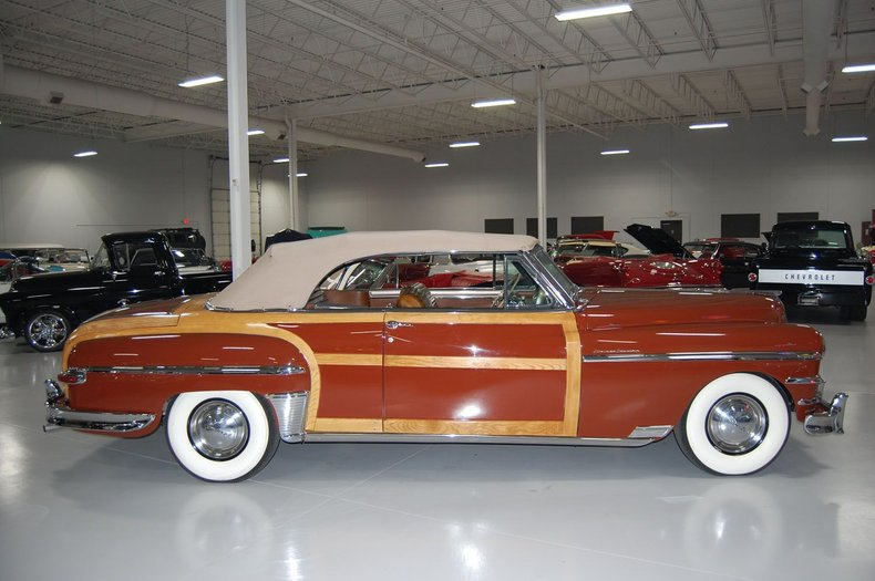 1949 Chrysler Town & Country Woody Convertible 21
