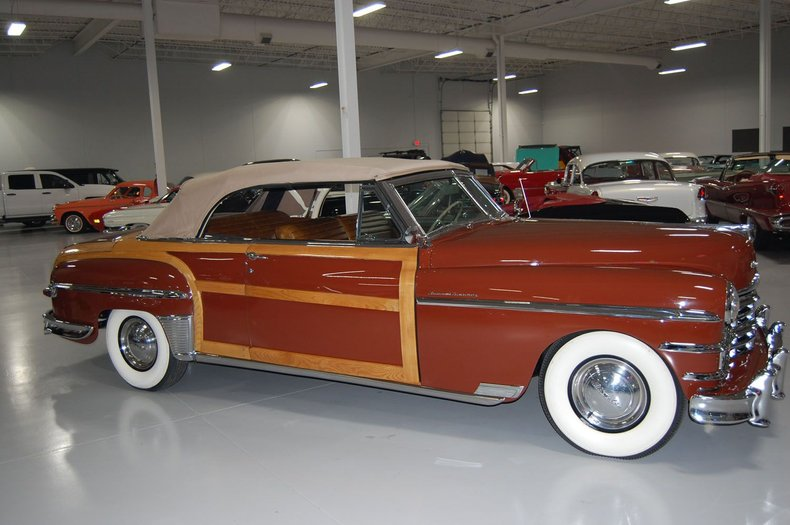 1949 Chrysler Town & Country Woody Convertible 15