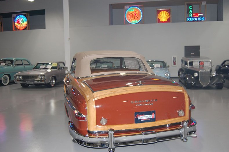 1949 Chrysler Town & Country Woody Convertible 23