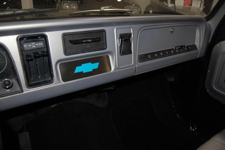 1965 Chevrolet C10 Fleetside 21