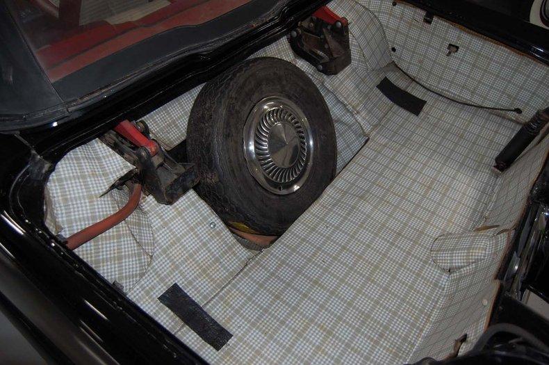 1959 Ford Thunderbird Convertible 24