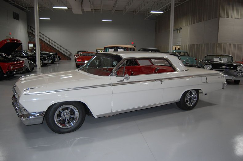 1962 Chevrolet Impala SS 9
