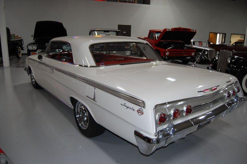 1962 Chevrolet Impala SS 8