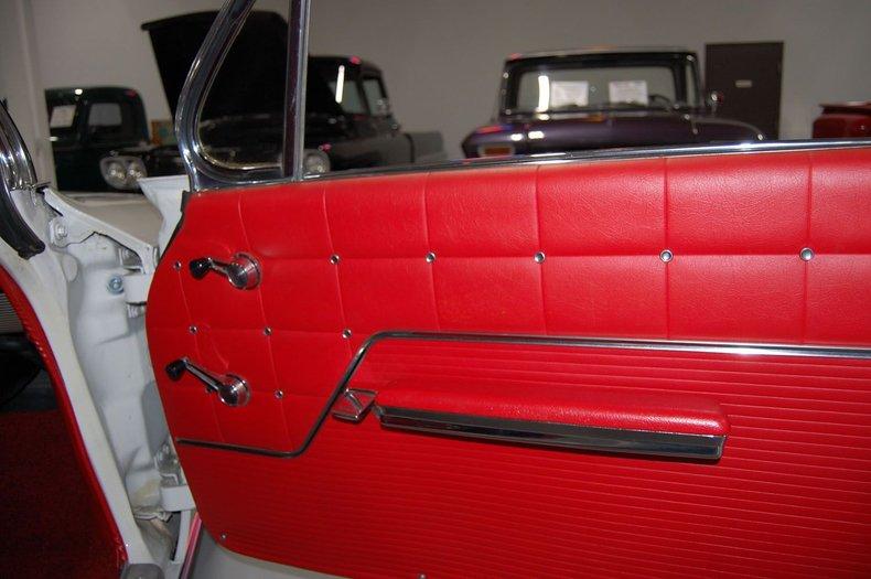 1962 Chevrolet Impala SS 19