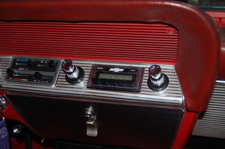 1962 Chevrolet Impala SS 25