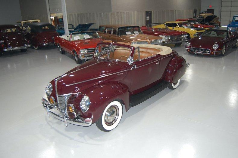 1940 Ford Deluxe 2 Door Convertible